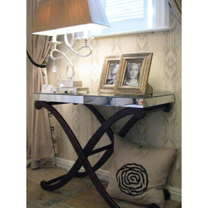 4066-Mirrored-Carriage-Table-448x600