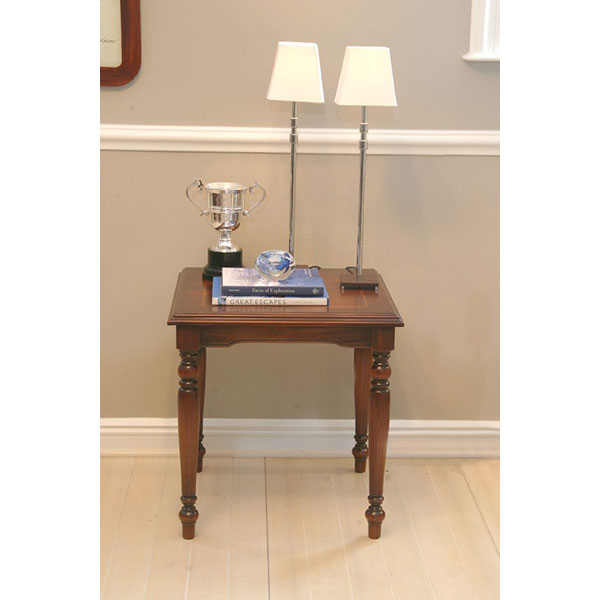 Georgia-Lamp-Table