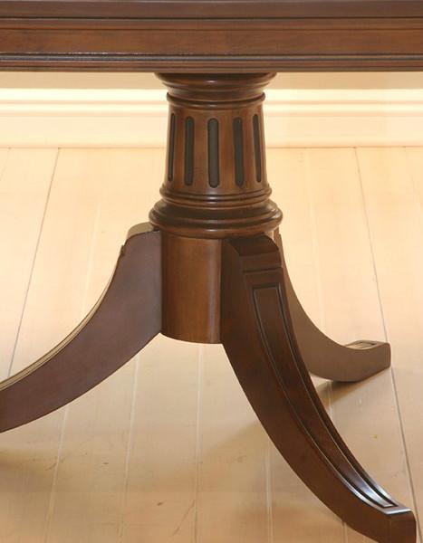 2377---Kristina-Table-Leg-Detail